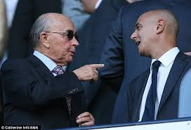 Joe Lewis makes a point to Daniel Levy: 'Where's my money, Daniel!?'
