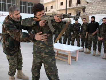 New recruits trained to fight alongside opposition in Aleppo, Syria